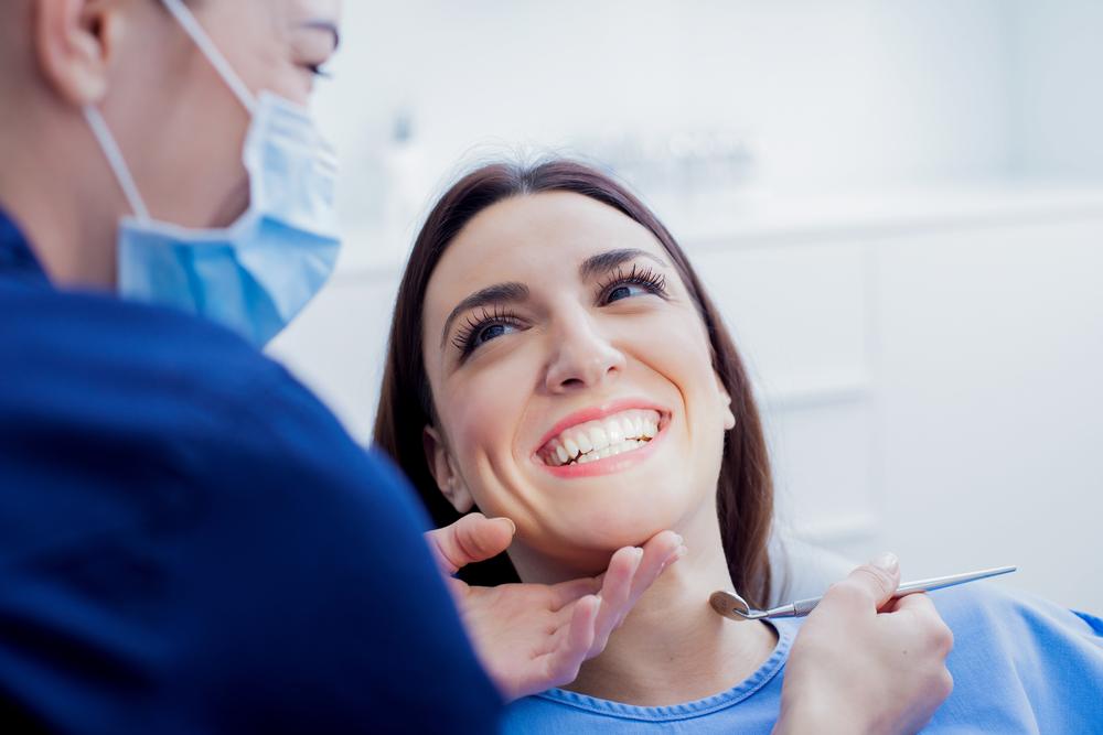 Lente de contato dental como funciona