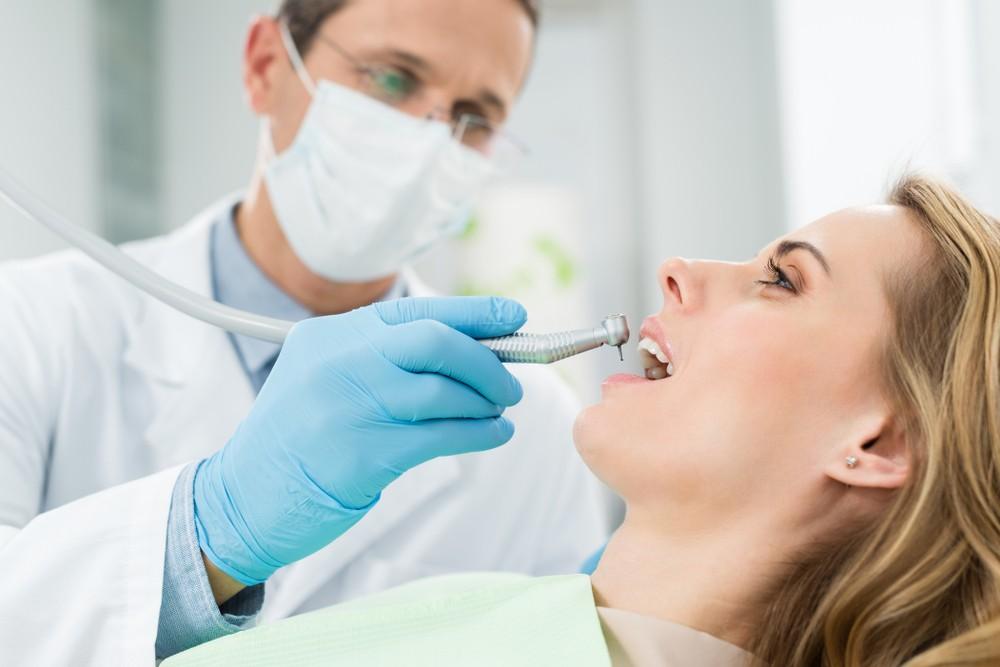 O que é o tratamento de canal e como ele funciona?
