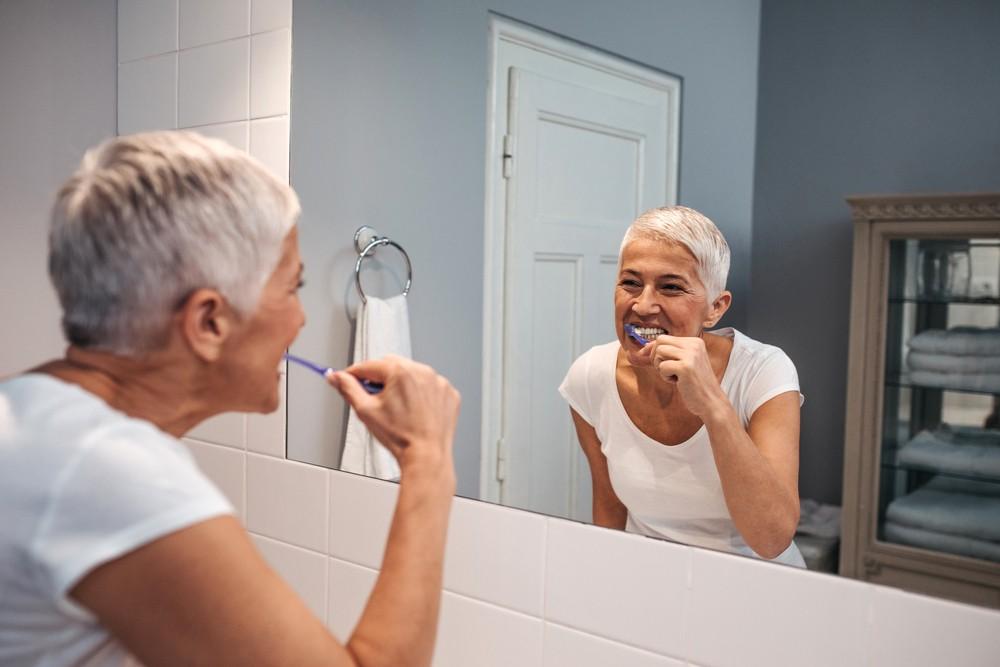 cuidados com a prótese dentária